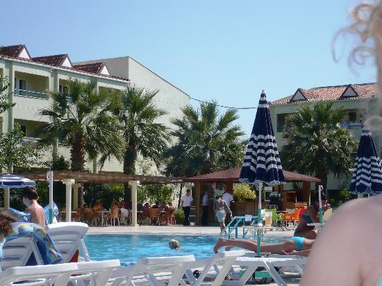 Luana Hotels Santa Maria: la piscine