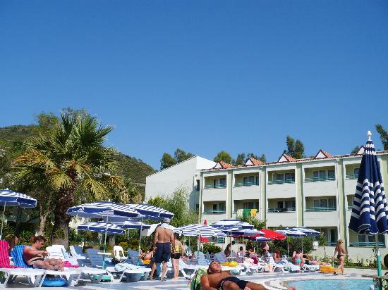 Luana Hotels Santa Maria : la piscine