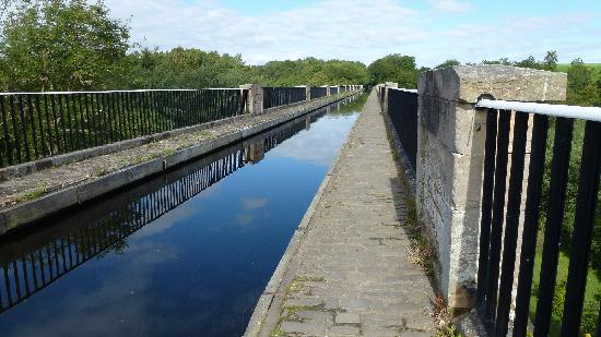 B & B  Lumsdaine House: Union Canal Aquäduct