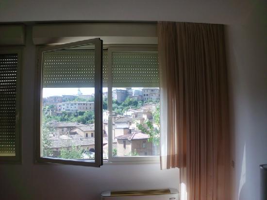 Hotel Minerva: vista camera