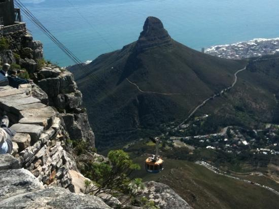 Wilton Manor Guest House: Cape Town da tabe mountain