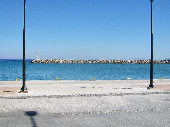 Pelagos: view