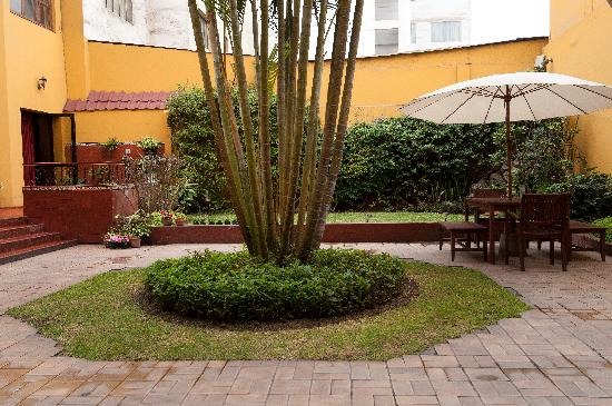 Hotel San Antonio Abad : nice outdoor patio