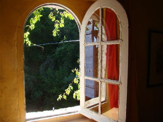 Fen tre ouverte pour le bonheur picture of le moulin du for Fenetre ouverte