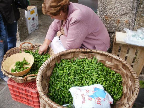 Area Central: Fresh produce