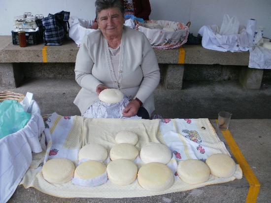 Area Central: Artisan cheeses
