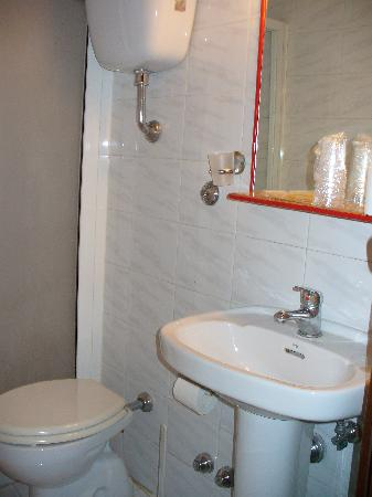 Hotel Azzurra : Bathroom