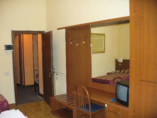 Hotel Azzurra : All Rooms With Desk And Mini Bar