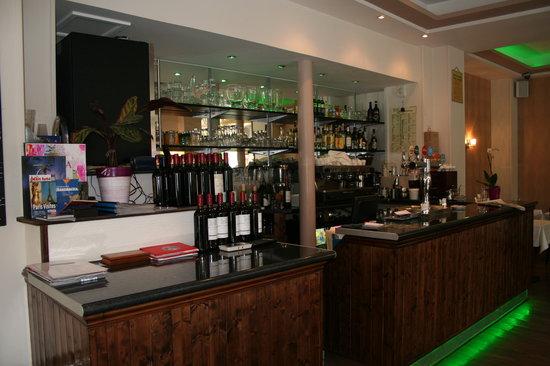 Casanova Pizzeria Ristorante: A drink with your meal?