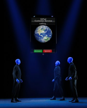 Chicago, IL: The Blue Men interact with the GiPad