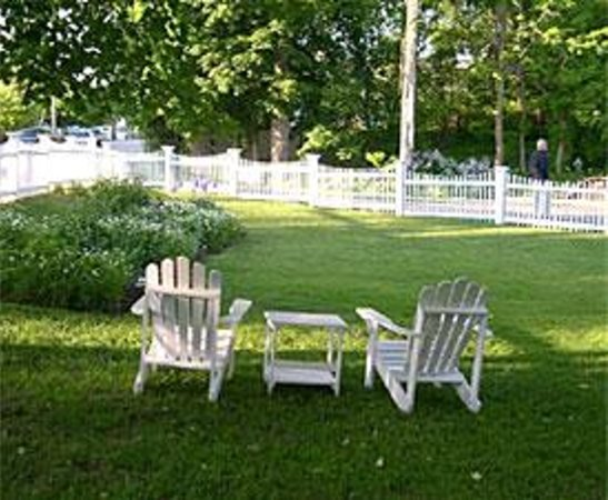 Relax & Unwind at the Eddington House Inn