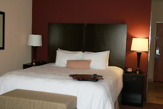 Enid, OK: King Bed