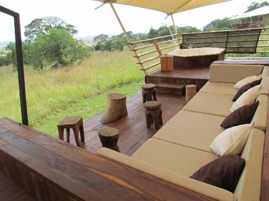 Serengeti Bushtops Camp: tent observation deck