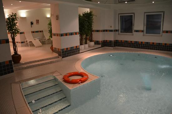 Crowne Plaza Hotel Salzburg - The Pitter: Pool
