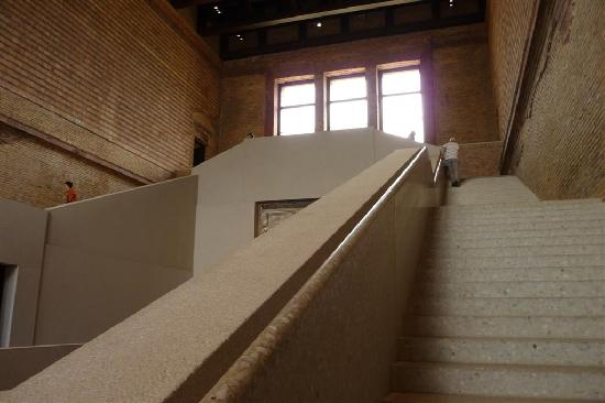treppenhaus picture of neues museum berlin tripadvisor. Black Bedroom Furniture Sets. Home Design Ideas