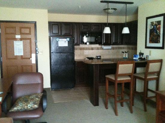 Staybridge Suites West Fort Worth: kitchen