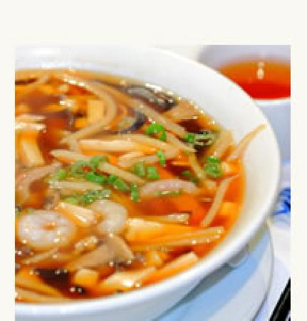 Shanghai Chinese Bistro: Hot and sour soup