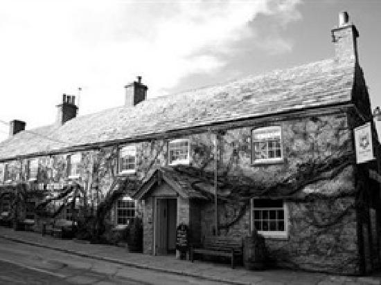 The Scott Arms: A real English village pub