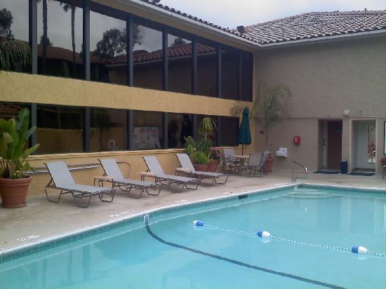 Holiday Inn Express San Diego N - Rancho Bernardo: Pool Area