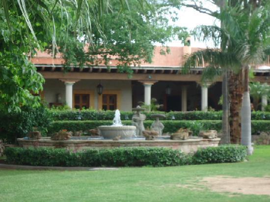 Hacienda De Los Santos: Restaurante