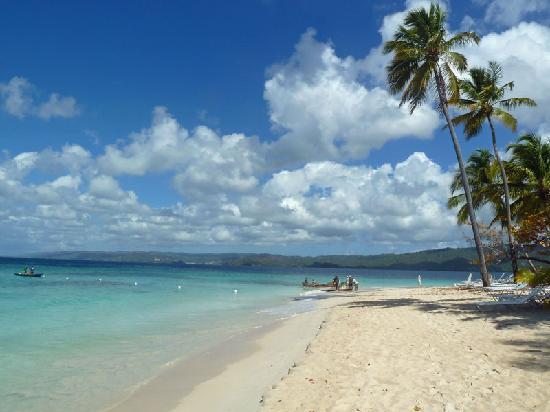 Luxury Bahia Principe Cayo Levantado: Der öffentliche Strand