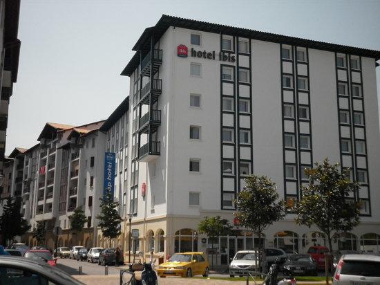 Ibis Budget Ciboure Saint-Jean-de-Luz: Vista del Hotel
