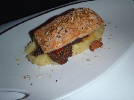 Barracuda Grill: Salmon