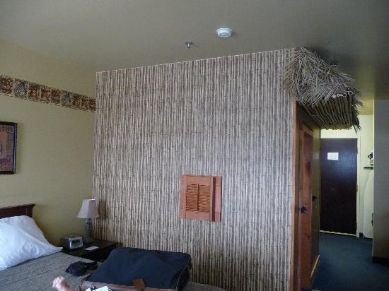Chateau Bedford: View of Jungle-themed KidSuite