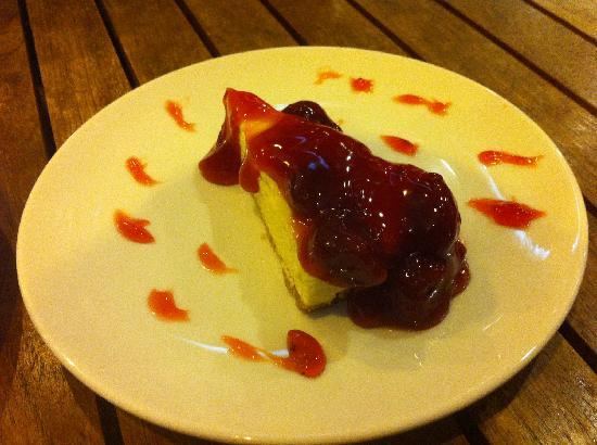 Kitchen Plus: Strawberry Cheese Cake