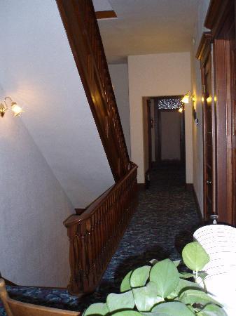 Churchyard Inn: 2nd Floor hallway