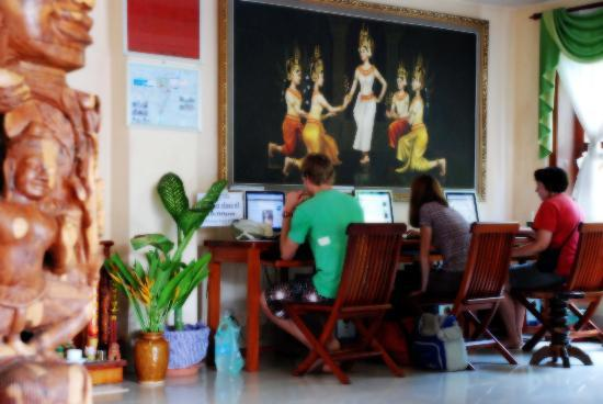 Siem Reap Riverside: Business center