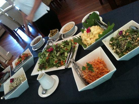 Living Valley Springs Health Retreat: Delicious Food!