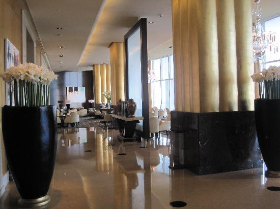 Four Seasons Hotel Beirut: Lobby area