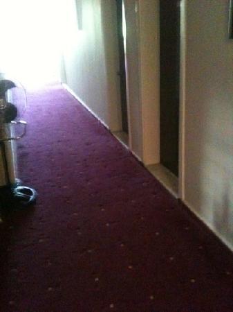 Aura City Hotel: .