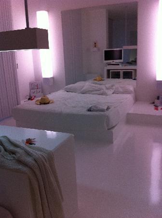 Hotel SU: camera