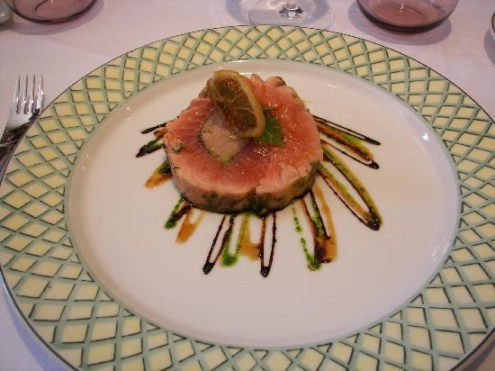 Le Moulin de Jean : Rouleau de saumon et coeur de foie gras