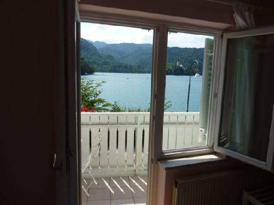 Pension Pletna: Beautiful view from your room across Lake Bled