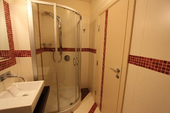 Hotel Villa Cittar: bathromm