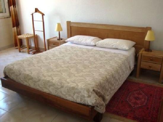 Lagos Travellers Inn: Double room