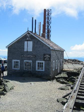 Summit Building Chained Down Picture Of Mount Washington
