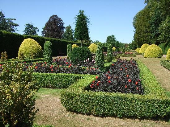Warner Holme Lacy House Hotel: One of the gardens at Holm Lacy