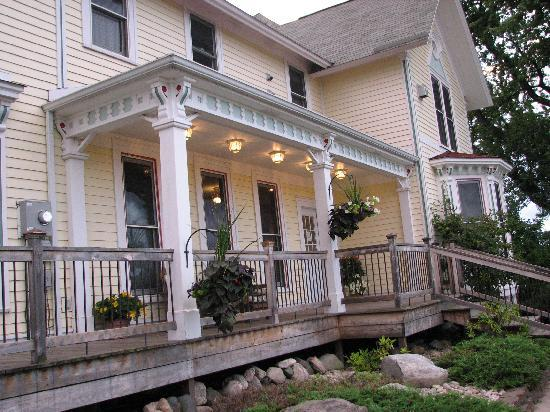Country Hermitage Bed and Breakfast Traverse City 사진