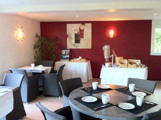 Appart'hotel Victoria Garden Pau : Salle petit-déjeuner
