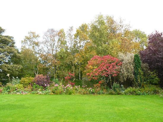 Grange Farmhouse Bed and Breakfast: Autumn