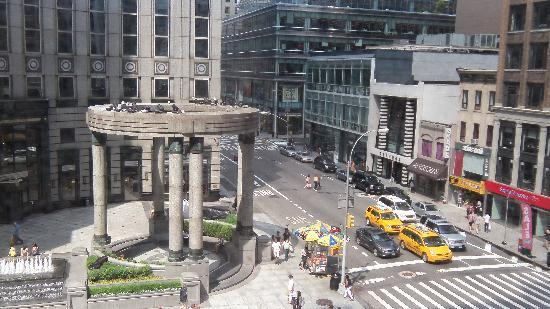 Renaissance New York Hotel 57: streetview