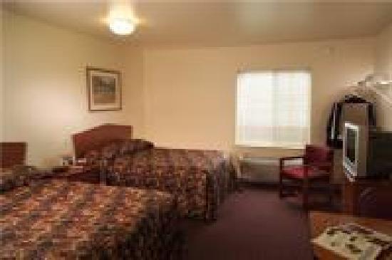 WoodSpring Suites Daphne: My Room
