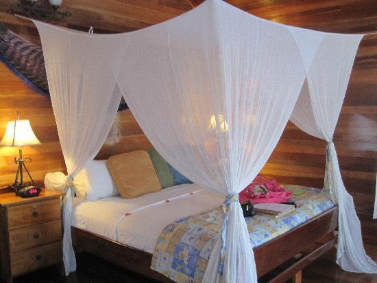 ترنيف آيلاند ريزورت: Our Cabana