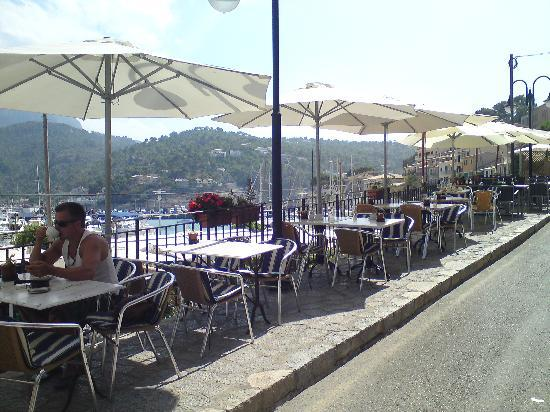 Restaurante El Balear: Outside tables