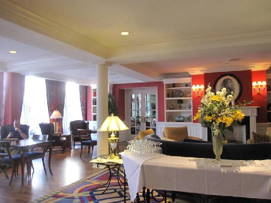 The Marshall House: ready for cheese & wine?