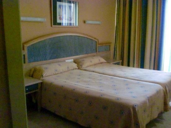 azuLine Hotel Bergantin: habitación
